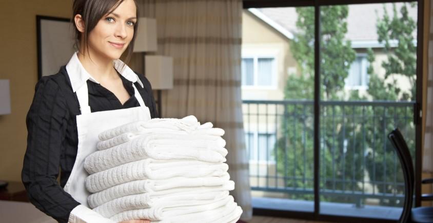 Hotel-maid-844x435